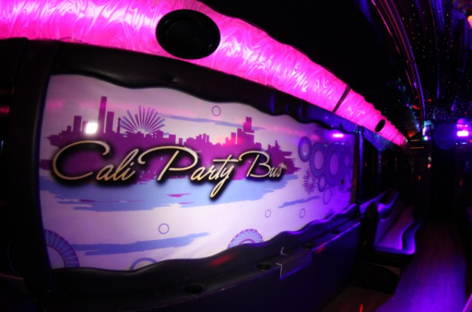 calipartybus_extra_066