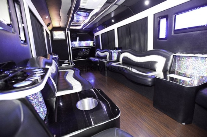 calipartybus-278