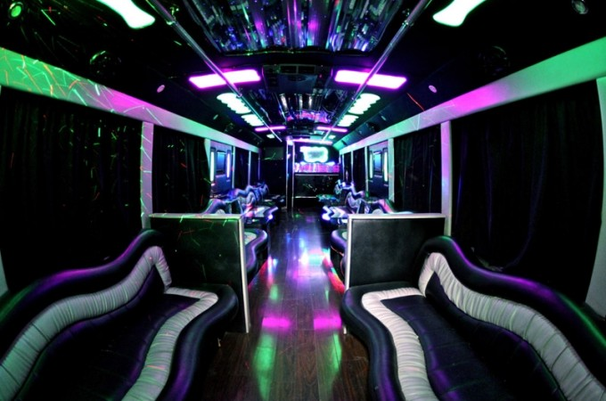 calipartybus_19