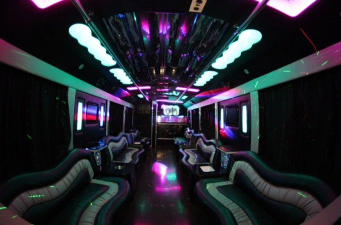 calipartybus_extra_156