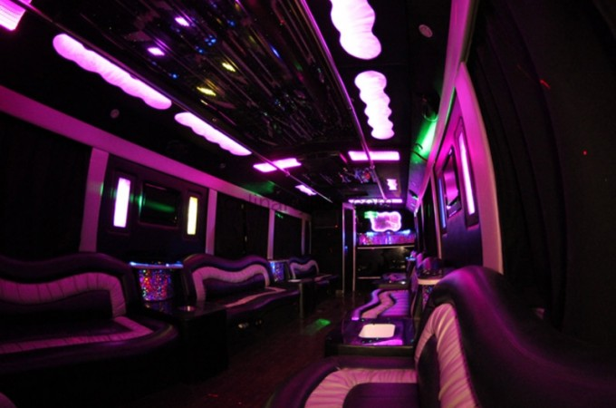 calipartybus_extra_165